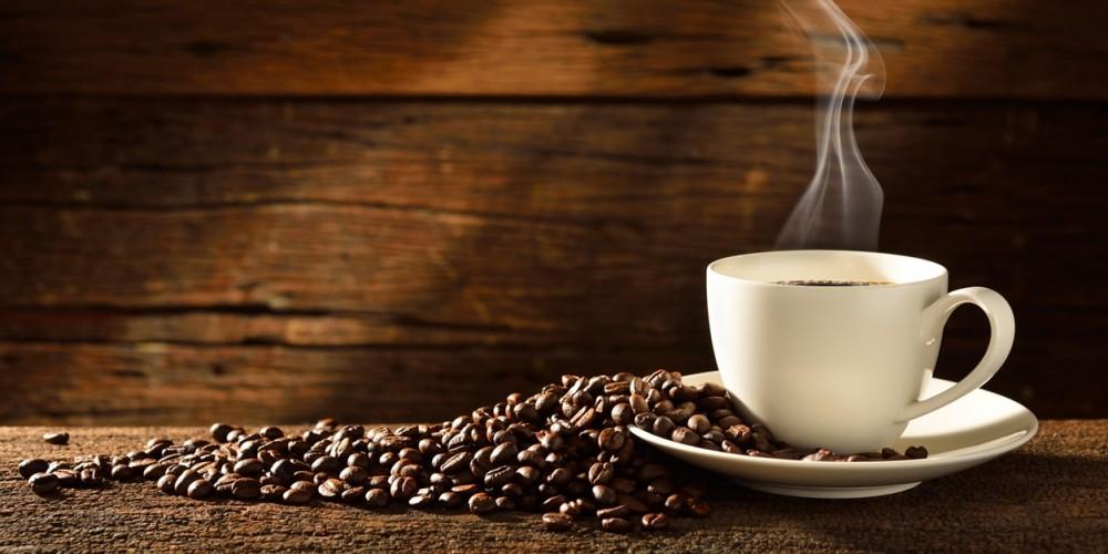 Siete sicuri che bere caffè appena svegli è utile?