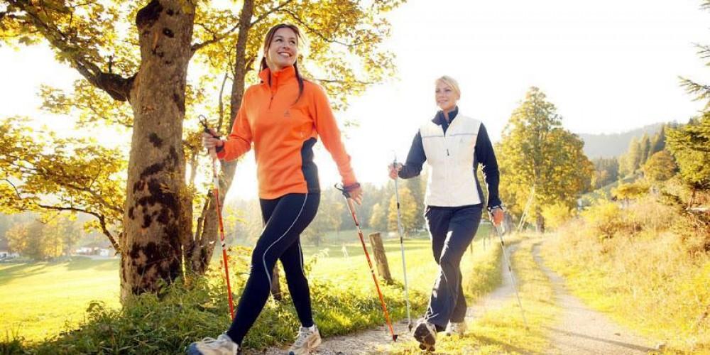 """26 Settembre 2017 """" CAI - AZZURRA sposano i BENEFICI del Nordic Walking"""