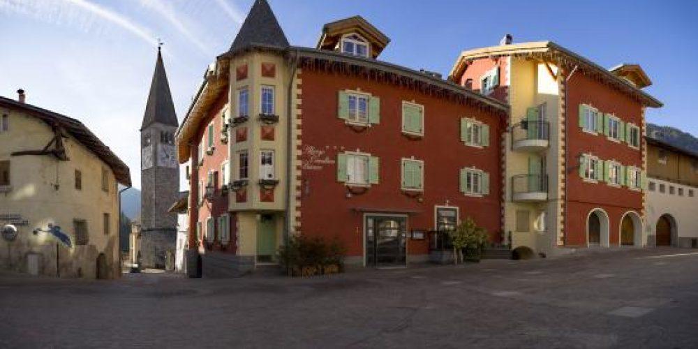 "16-17-18 OTTOBRE ""  Lago di TOVEL + Cascate del SAENT + Rifugi del Brenta """